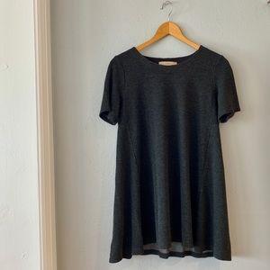 LOFT Gray Flowy Shirt size small petite